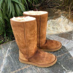 UGG Tall Classic Chestnut Size 8 Caramel